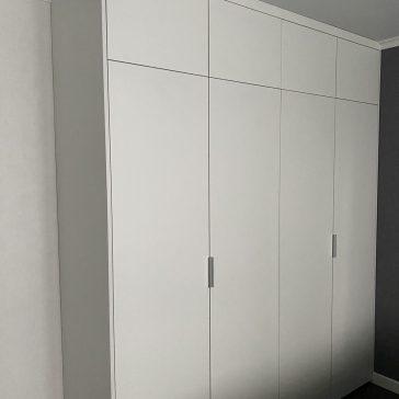 Шкаф с распашными дверями из ЛДСП